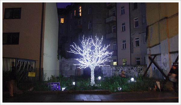 Lichtkunst-Initiative - Lücken entzücken