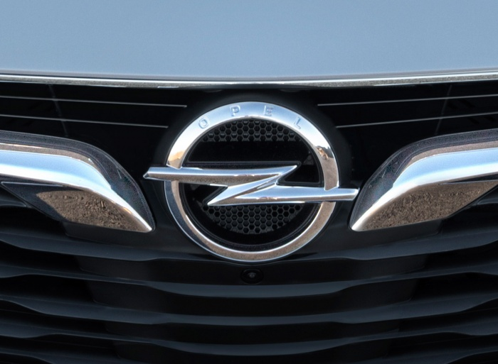Opel modifiziert sein Markenzeichen