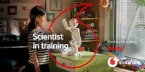 Vodafone – girl and robot