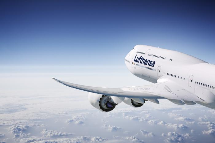 Lufthansa Design B747-8