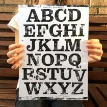 Kontiki Druckplatte Uppercase, Quelle: Felix Braden