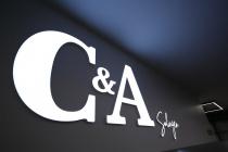 C&A Solingen – Store Design Schriftzug, Quelle: C&A