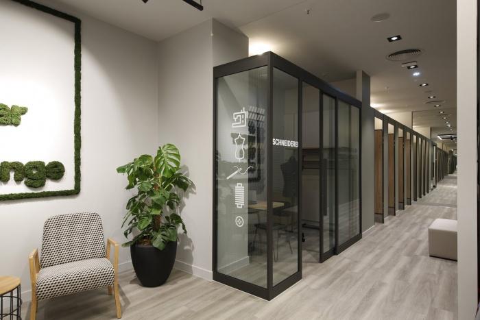 C&A Solingen – Store Design Schneiderei, Quelle: C&A