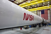 The SpaceX Falcon 9 rocket that will launch the Crew Dragon spacecraft, Quelle: NASA