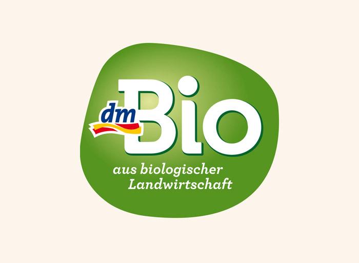 dmBio Logo, Quelle: justblue.design