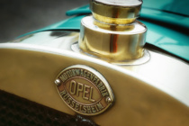 Opel Markenemblem 1902, Quelle: Opel Automobile GmbH