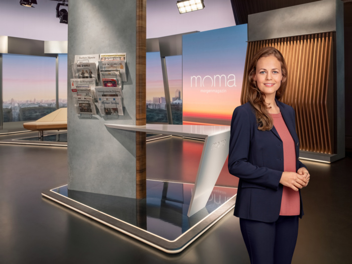 ZDF-Morgenmagazin (ab 2020), Harriet von Waldenfels, Quelle: ZDF/[F] Benno Kraehahn [H] Marcus Höhn [M] RETOUCHING DE LUXE, Quelle: ZDF/[F] Benno Kraehahn [H] Marcus Höhn [M] RETOUCHING DE LUXE