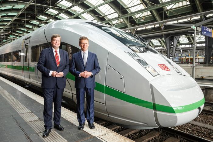 """Vorstellung """"Deutschlands schnellster Klimaschützer"""", Quelle: Deutsche Bahn AG, Foto: Pierre Adenis"""