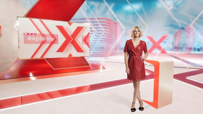 "Moderatorin Sandra Kuhn im ""Explosiv""-Studio, Quelle: RTL Mediengruppe"